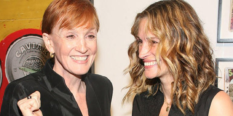 Kathy and Julia Roberts